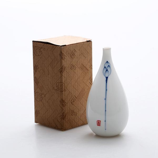 Oriental hand painted mini ceramic flower vase 10