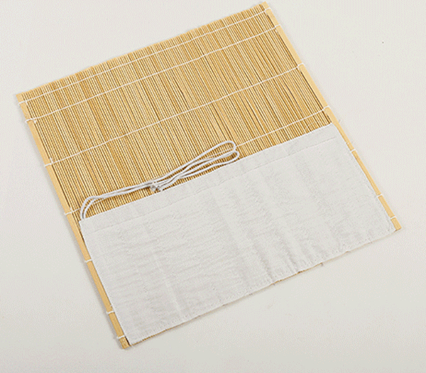 Esterilla de bambú de color natural para guardar pinceles 02