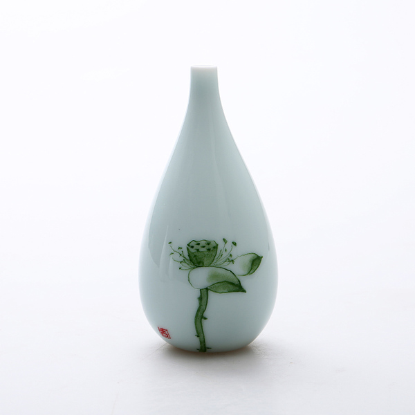 Oriental hand painted mini ceramic flower vase 09