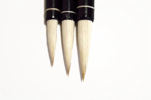 Serie ¨Nube blanca¨: pinceles de calidad para estudiante 01